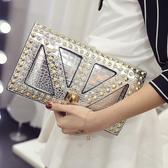 信封包2020夏新款女包潮歐美信封包銀色手拿包手抓包時尚鱷魚紋側背包包 JUST M