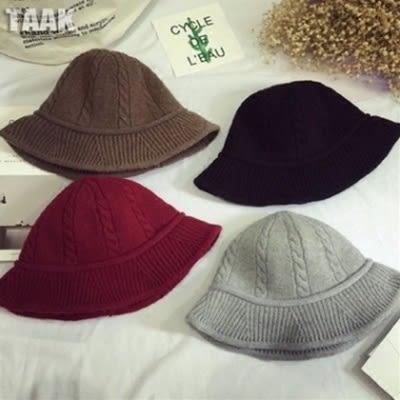 針織毛帽-韓版保暖舒適百搭女毛線帽6色73ie50[時尚巴黎]