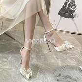2021年新款水鉆蝴蝶結綢緞裸色包頭一字帶高跟鞋細跟少女伴娘婚鞋 快速出貨