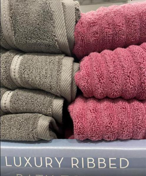 [COSCO代購] C7642195 GRANDEUR 波浪紋浴巾 尺寸:76X147公分