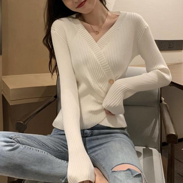 【現貨】梨卡--秋冬V領長袖坑條毛衣-不規則修身打底衫時尚風格長袖針織長袖BR1005