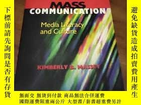 二手書博民逛書店readings罕見in mass communication