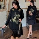 (現貨+預購 FUWAFUWA)--加大尺碼麂皮絨刺繡長袖洋裝