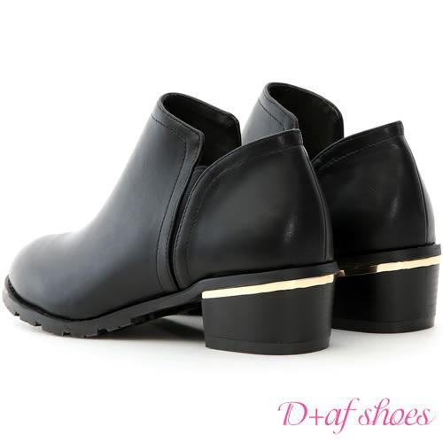 靴子 D+AF 俐落登場.素面側鬆緊金屬跟短靴*黑