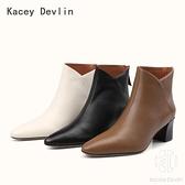 羊皮面尖頭粗跟短靴 時尚舒適鹿皮內裡後拉鏈女靴子【Kacey Devlin 】