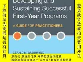 二手書博民逛書店Developing罕見and Sustaining Successful First-Year Programs
