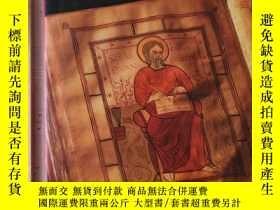 二手書博民逛書店Symbols罕見of Catholicism signs symbolism art languageY32