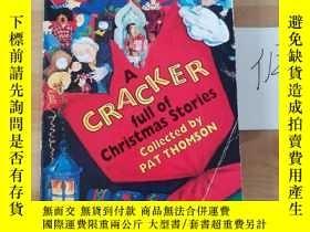 二手書博民逛書店A罕見cracker full of Christmas storiesY246207