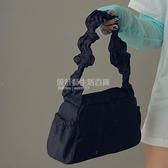 純色簡約尼龍抽褶設計手提包女2020春新款可愛復古法棍單肩腋下包 設計師生活百貨