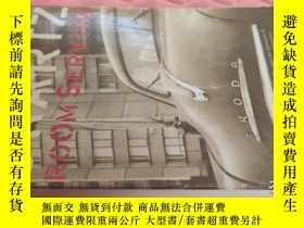 二手書博民逛書店【外文原版】Room罕見service( 如圖)Y25633 R