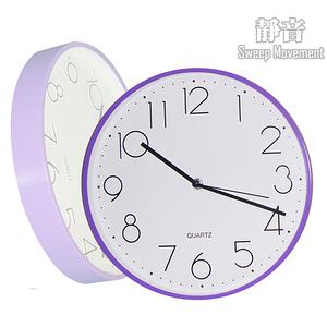 【HANDLE TIME】簡約彩框大面板超靜音掛鐘貴氣紫
