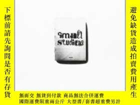 二手書博民逛書店Small罕見StudiosY307751 Jianping He Page One Pub, 2009 IS