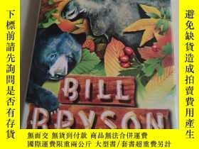 二手書博民逛書店Walk罕見in the Woods,Y180607 Bill