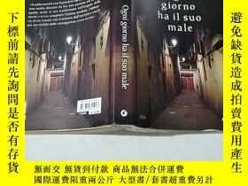 二手書博民逛書店Ogni罕見giorno hail il suo maleY351232