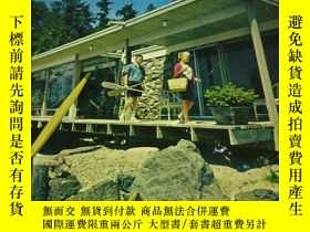 二手書博民逛書店cabins罕見and vacation house 小木屋和度假屋Y3359 Lane Magazine