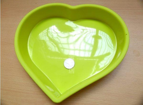 [協貿國際]  大號愛心型矽膠蛋糕模具