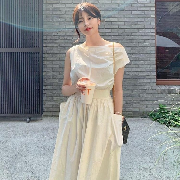 韓國chic法式斜領露肩顯瘦褶皺收腰雙口袋寬鬆無袖桔梗洋裝長裙 喵小姐