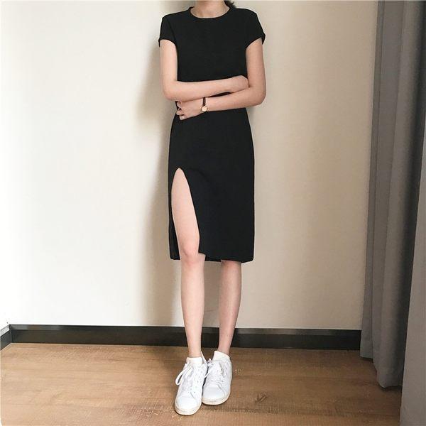 合身黑色洋裝 開衩露腿心機 短袖T恤洋裝 S220