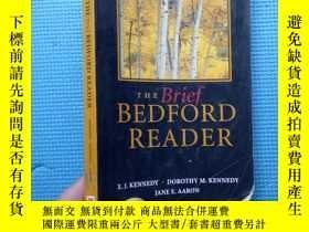 二手書博民逛書店THE罕見Brief BEDFORD READERY5834 X