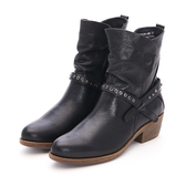MICHELLE PARK 牛仔風格 率性摟空鉚釘中跟五分靴-黑