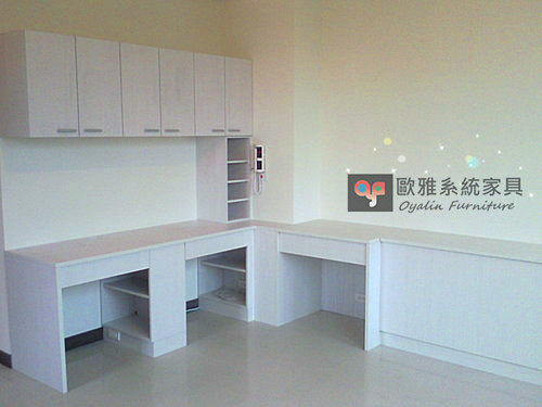 【歐雅系統家具】L型書桌×衣櫃×上掀式化妝台 超實用系統設計 防潮塑合板
