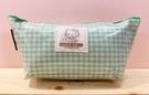 【震撼精品百貨】Hello Kitty 凱蒂貓~Hello Kitty日本SANRIO三麗鷗KITTY化妝包/筆袋-綠格紋*00175