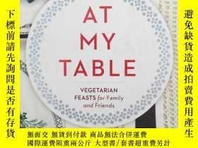 二手書博民逛書店At罕見My Table: Vegetarian Feasts
