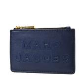美國正品 MARC JACOBS 浮雕LOGO牛皮證件套/拉鍊零錢包-靛藍【現貨】