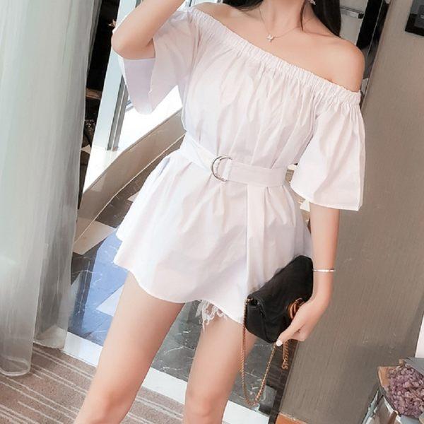 梨卡★現貨 - 一字領露肩襯衫氣質女設計感韓版新款夏季收腰襯衫上衣 BR297