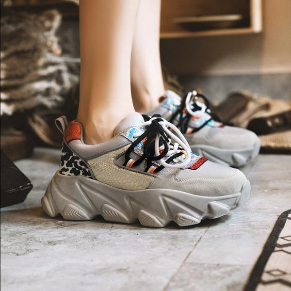 大尺碼真皮女鞋35~42☆ 2019新款韓版老爹鞋 休閒運動鞋 厚底鬆糕鞋 舒適透氣頭層牛皮拼接~2色