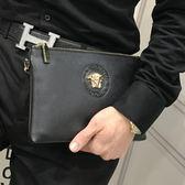 手包男2019休閒美杜莎時尚商務大容量軟皮手拿夾包社會人信封包潮 潮流衣舍