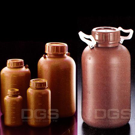 《SANPLATEC》塑膠廣口瓶 PE Bottle, Wide-Mouth, Amber, PE, Graduated