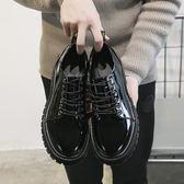 皮鞋小皮鞋男亮面英倫風圓頭韓版潮流百搭黑色漆皮休閑大頭鞋學生冬季99免運 二度