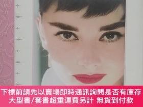 二手書博民逛書店How罕見to be lovely The Audrey Hepburn Way of Life奧黛麗赫本Y2