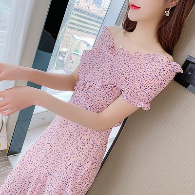 洋裝 連身裙S-XL夏季連身裙性感露肩打纜交叉V領彩色碎花拼接荷葉邊T539紅粉佳人