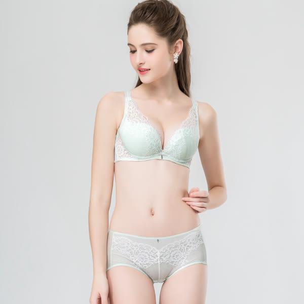 思薇爾-波希女伶系列M-XL蕾絲中低腰平口內褲(淡青綠)