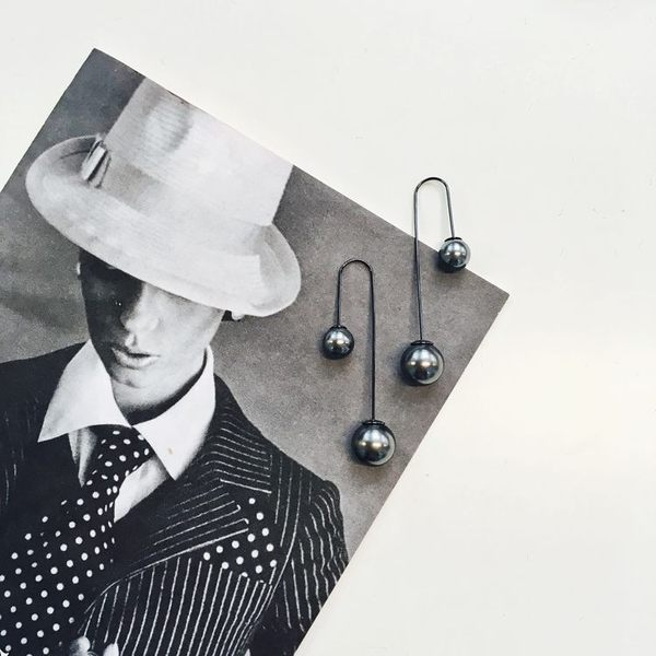 L. Erickson 珍珠垂墜耳環(珍珠灰)