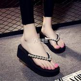 拖鞋 人字拖女厚底坡跟夾腳涼拖鞋時尚外穿鬆糕底滑沙灘鞋新款夏 卡菲婭