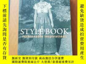 二手書博民逛書店Style罕見Book:Fashionable Inspirat