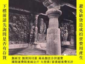 二手書博民逛書店【罕見】Elephanta: The Cave of Shiva