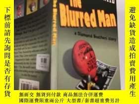 二手書博民逛書店THE罕見BLURRED MAN: 模糊的人,Y200392