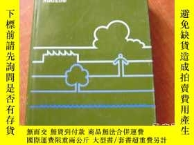 二手書博民逛書店ENVIRONMENTAL罕見AND OCCUPATIONAL