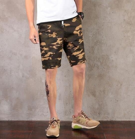 找到自己品牌 男 潮 複古 迷彩 休閒短褲