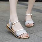 金色涼鞋女平底鞋仙女風低跟一字帶平跟厚底夏季鞋子新品度假 - 風尚3C