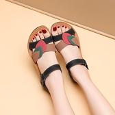 媽媽涼鞋女款夏季平底中年軟底40歲50中老年老人防滑舒適真皮奶奶