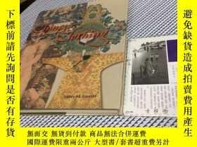 二手書博民逛書店英文原版罕見Chinese Clothing : an illu