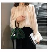斜背果凍包透明果凍包包女夏季新款少女可愛個性洋氣小熊掛飾粽子三角包可卡衣櫃