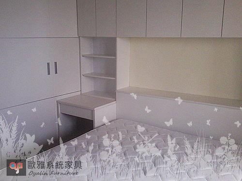 【歐雅系統家具】 床頭櫃 吊櫃 推拉門衣櫃 化妝台 清新溫柔白色系設計