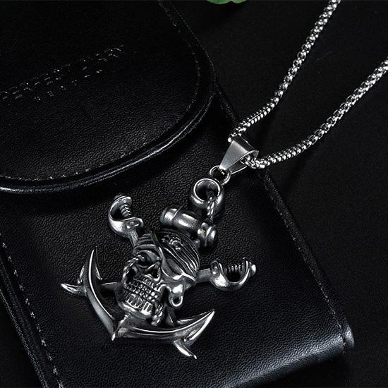 《QBOX 》FASHION 飾品【C20N1828】精緻個性歐美海盜骷顱頭船錨鑄造鈦鋼墬子項鍊/掛飾