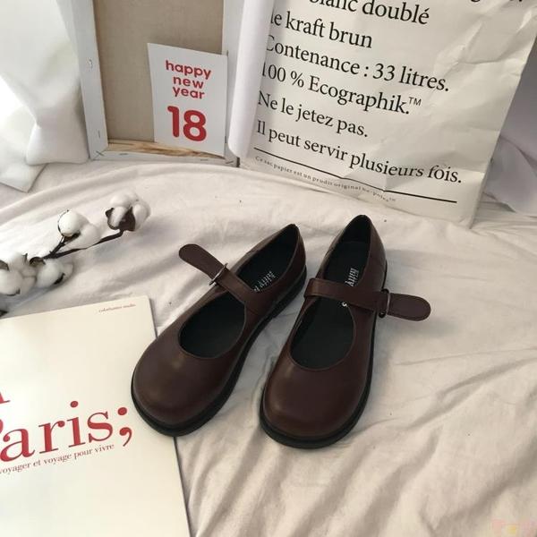 韓國氣質復古單鞋女小皮鞋皮帶扣PU娃娃鞋【聚可愛】
